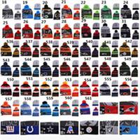 2015 Seattle Fooball Berretti Cappelli Inverno Lana Packers Nero Bianco Rosso Grigio Knit Beanie per donne degli uomini del cappello di ordinazione Accetti l'ordine della miscela