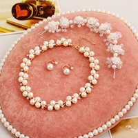 Wholesale Elegant Bridal Accessories Tiaras Hair Pearls Necklace Earrings Accessories Beautiful Wedding Jewelry Sets Cheap In Stock High Quality
