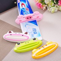 Wholesale 2015 Top Fashion Hot Sale Eco friendly Plastic Cartoon Toothpaste Squeezer Home Supplies High Quality Flatworm