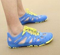 Wholesale New Arrival Mens Jelly Sandals Lace Up Fretwork Colors Fashion Mens Beach Sandals Flat Sandals Summer Jellies Shoes Men Q1235