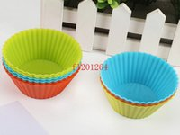 Wholesale 100pcs DHL Fedex Round Shaped Silicone Muffin Cases Cake Cupcake Liner Baking Mold Dia cm Random colors