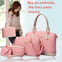 arrow locks - 2015 new European fashion handbag dandy embossed Dame arrow Mousse four piece shoulder messenger bags