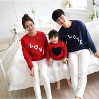 Wholesale Family fitted Autumn models LOVE love patterned cotton paternity Family Pack a sweater three recruit agents