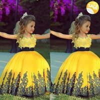 cupcake - 2015 New Fashion Pageant Dresses For Girls Ball Gowns Lace Appliques Floor Length Flower Girl Dresses Pageant Cupcake Dresses MQ