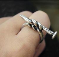 Punk Moda Retro anillos de uñas de aleación de personalidad de los anillos de estilo de color oro anillo de la exageración del remache de la vendimia de la joyería china barata 20 pcs