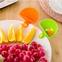 Wholesale 1Pc New Kitchen Supply Dip Clips Relish Plate Pepper Easy Clean Up Seasoning Dish
