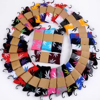 Wholesale 20pairs men s socks skate boarding socksWeed Skateboard hiphop socks Leaf Maple socks Leaves Stockings Cotton Unisex Plantlife Socks BFH159