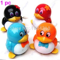 Wholesale S111 PIECES New Lovely Funny Children Kids Toy Walk Penguins Clockwork Wind Up Party Toy