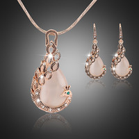 Wholesale Creative Peacock Gold Plated Jewelry Sets for Women Wedding Banquet Accessories Fashion Jewelry Pink Opal Pendant Necklace Earring Set