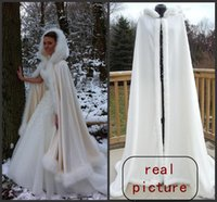 Wholesale Luxury Perfect High Quality New Winter Bridal Cape Faux Fur Wedding Cloaks Hooded Perfect For Winter Wedding Bridal Cloaks