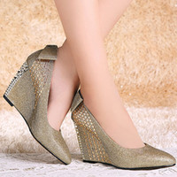 Wholesale Sparkling Women Lace Bow Slipsole Pointed Toes Night Club Low Heels Fashion Ladies Dress Shoes Golden Silver Colors
