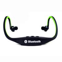 Compra Altoparlantes-S9 estéreo original banda para el cuello Auriculares libres deportes del altavoz de Bluetooth Wireless Headset En la oreja los auriculares de alta fidelidad reproductor de música 010203