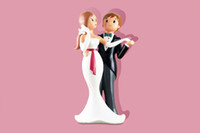 Wholesale Fashion new resin bride and groom cake topper for party and wedding stand for cake dancing couple figurine cake decorating tools