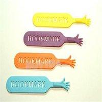 Wholesale 1Set The BOOK MARK Help Me Novelty Bookmark Funny Bookworm Gift Stationery Random Color