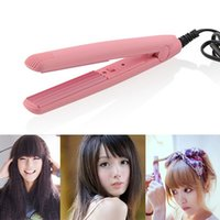 Wholesale Hair DIY Mini Ceramic Hair Crimper Curler Weaver Iron Splint Hairdressing Tool Salon Hair Styling Lady