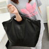 america shopper - Europe and America Vintage rivet Tote Shoulder Handbag Fashion Shopper Casual bat Bag Black messenger bag WZ5