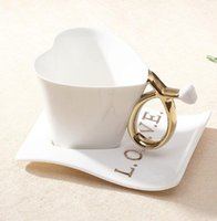 Wholesale coffee cup Creative heart shape Ceramic Cup European style Cup and saucer with spoon lover Mug
