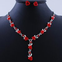 Wholesale Merchandising Rose Necklace Earrings Set Silver plated jewelry European and American fashion