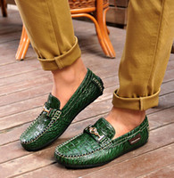 Wholesale Summer New Products Loafers Shoes Men Fashion Alligator Pattern Mens Casual Doug Shoes Comfortable Soft Linings Man Driving Shoes H55