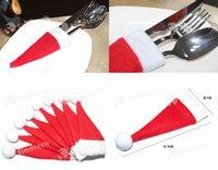 Precio de Bolsas rojas directas-Decoraciones de Navidad Cuchillería de cocina Traje Sostenedores Porckets Sombreros de Navidad Gorra Red Hat Cuchillo Tenedor Bolsas Adornos Factory Direct