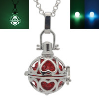 Wholesale Glow in the Dark Luminous Beads Love Heart Cage Locket Pendant Necklace For Fragrance Essential Oil Aromatherapy Diffuser Jewelry