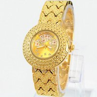 battery plates - Brand Women Watches Luxury Gold Plated Alloy Bracelet New Fashion Lady Quartz Clock with diamond Movement relogio feminino