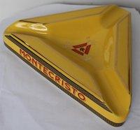 ashtray box - High quality MONTECRISTO Classic Ceramic Cigarette Cigar Ashtray Finger Rest Ash Slot with Gift Box