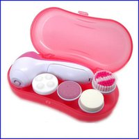 Wholesale Fashion in Facial Face Cleaning Set Callus Remover Machine Electronic Body Beauty Massage Skin Pore Massager