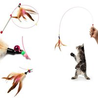 Wholesale 2Pcs Retail Random Colored Feathers Funny Cats Wire Rods Flying Bell Favorite Cats Toy Per Produnct