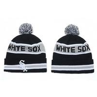 Medias Blancas Beanie Sombreros baratos Pom Pom Gorros Béisbol Sombreros Sombreros de copa y casquillos de la manera Knit Beanies barato Senderismo Beanie Hat On Sale