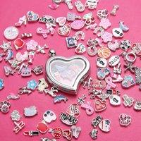 Wholesale Heart retractable glass pendant zinc alloy love physiognomy floating box pendant pendants
