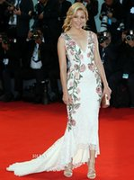 bank films - Elizabeth Banks In Marchesa Venice Film Festival Red Carpet Celebrity Dresses Embroidery Flowers V Neck Hi Lo Lace Evening Prom Dress