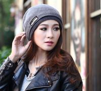 Wholesale Big Discount Men Women Cannabis Warm Winter Wool Hat Knitted Hat Fashion Trend Hedging Caps Beanie Caps M1714