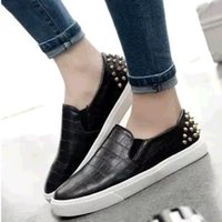 Wholesale Summer home the spring of the new women s European and American fashion leisure joker shallow mouth rivet flat shoes