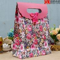 beautiful paper bags - NEW kinds of style Environmental protection gift paper bag Fashionable gift bag Beautiful Christmas favor bags Randomly send