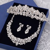 Wholesale Bridal Accessories Rhinestone Crystal Jewelry Sets Tiaras Necklace Earrings Sets Vintage Wedding Jewelry Sets Party Jewelry