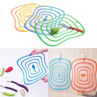 Wholesale Durable And Portable PC Flexible Ultra Thin Kitchen Tool Fruit Vegetable Cutting Chopping Board Mat Color Random Kitchen Tool