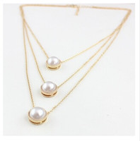 Wholesale Pearls Multi Layer Necklace Cute Gold Round Faux Pearls Layered Charm Pendant Necklaces for Women