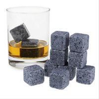 Wholesale High Quality Natural Whiskey Stones Whisky Stones Cooler Whisky Rock Soapstone Ice Cube With Velvet Storage Pouch