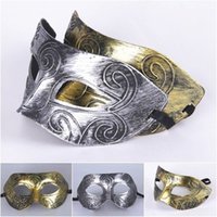 Wholesale 2016 Men s retro Greco Roman Gladiator Masquerade Masks Vintage Golden Silver Mask Silver Carnival Mask Halloween Costume Party Mask B02