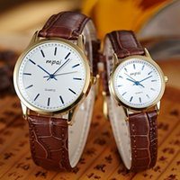 Wholesale Lovers quartz watch with Retro Style boy and gril s luxurious water proof casual watch with high quality leather two colors