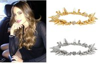 achat en gros de cristaux pointes bracelet-Super Cool Rock Club Fashion Punk Cristal Charme Bracelets Stretch 18K Plaqué Or Spike Rivet Bracelet Pour Femmes SB214