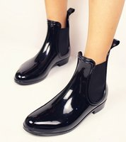 Wholesale lady booty short and fashion martin Rain Boots For pvc gumboots