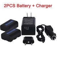 Wholesale 1800mAh NP FM50 NP FM50 NPFM50 NP FM30 Battery Car Charger for Sony Alpha A100 DSLR A100 A100K CCD TRV408 DCR PC105