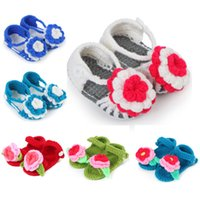 crochet yarn - Baby Walker Shoes Handmade Woolen Yarn Crochet First Walker Shoes D Flowers Newborn Soft Sole Baby Toddlers shoes Newborn Sandals color
