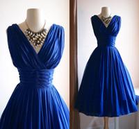 black cod - Custom Made V Neck Short Bridesmaid Dresses s Dress Vintage s Chiffon Party Dress in Violet Blue Homecoming Dresses Increase Cod