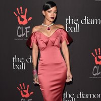 Wholesale Rihanna Red Carpet Dresses Sexy Mermaid Sweetheart Off Shoulder Sweep Train Satin Sexy Evening Gowns Tiers W3638