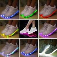 Wholesale 7 Colors New Fashion Hot Selling Emitting Luminous Casual Shoe Men Women Couple LED Sneakers USB Charging Lights shoes