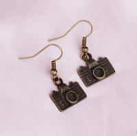 antique camera lot - Pairs New Fashion Jewelry Antique Bronze Camera Charms Pendant Dangle Earrings For Women Girl Gift
