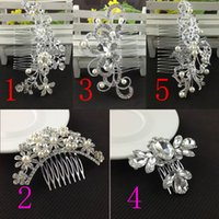 Wholesale Bridal Wedding Tiaras With Crystal Rhinestones Pearls Hair Comb For Women Girls Hair Brush Sparkle Bride Accessories